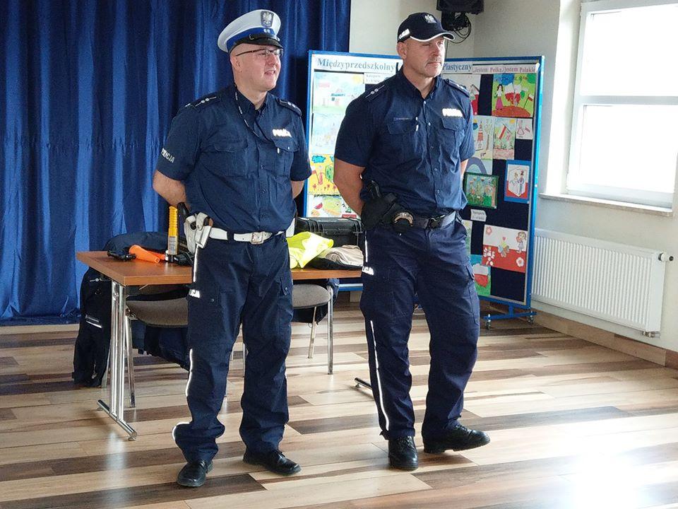 """""""Bezpieczny przedszkolak"""" – spotkanie z policjantami"""