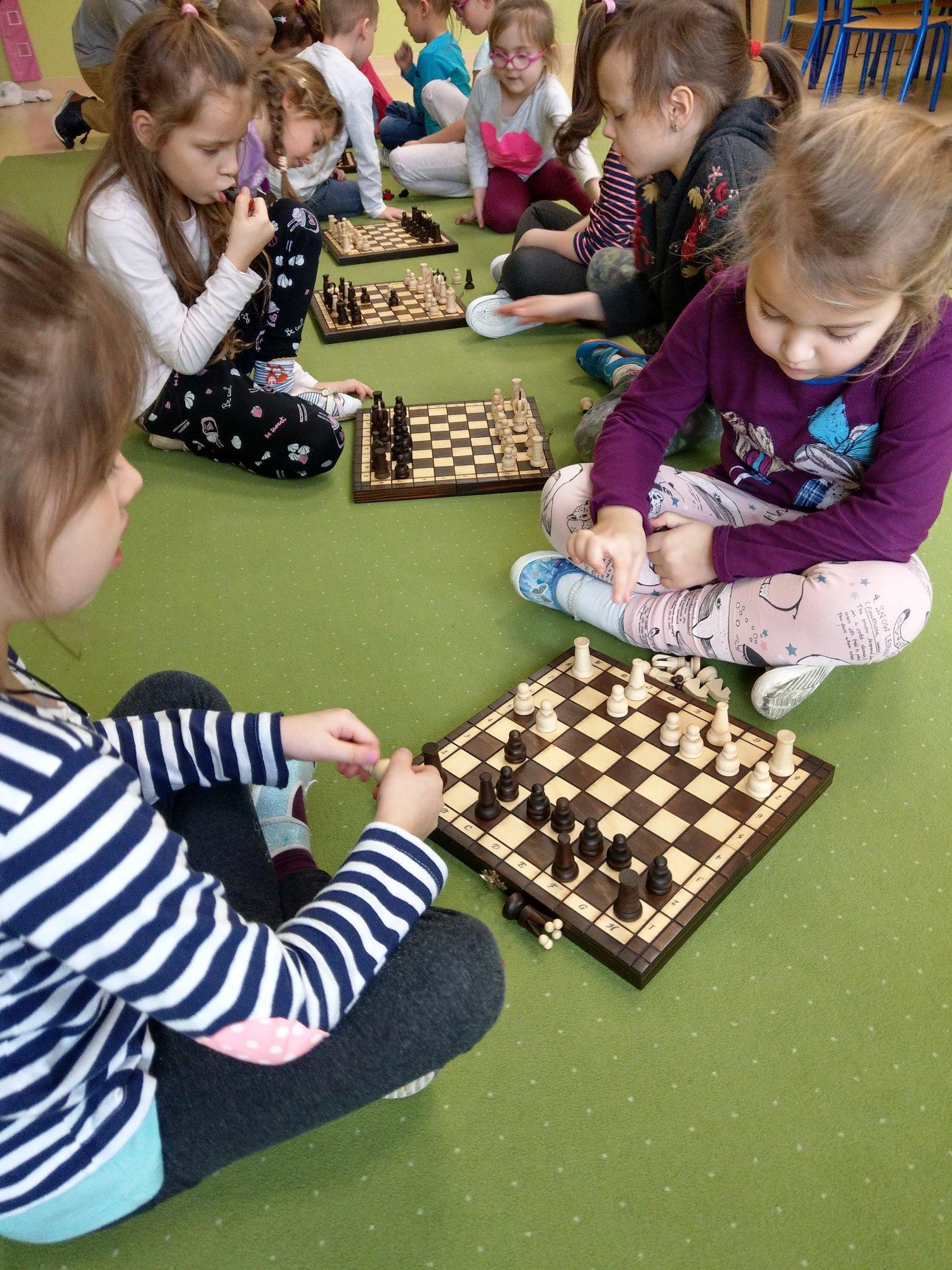 Uczymy się grać w szachy!